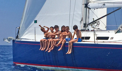J/122 Sky Hunter in Italy sailing with family and kids