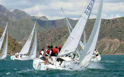 SEAWOLF Leads Argentina J/24 Winter Series