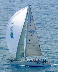 J/35 sailing Bayview Mac race