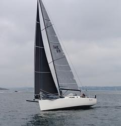 J/111 Blur sailing upwind