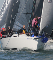 J/88 sailing Great Pumpkin Race