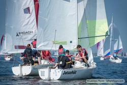 J/22s sailing Van Uden Reco regatta