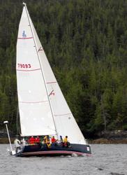 J/122 sailing Oregon Offshore