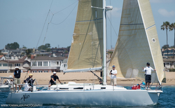 J/120 sailing Newport Ensenada Race
