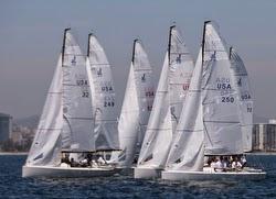 J/70s sailing San Diego start