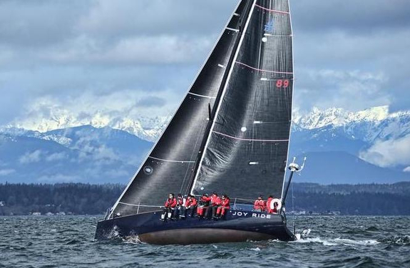 J/122E Joyride off Seattle's Olympic Mountains