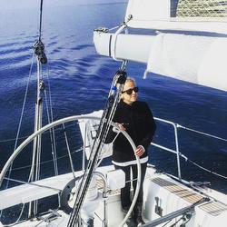 Light air sailing Mac Races
