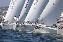 J/105s sailng Lipton Cup