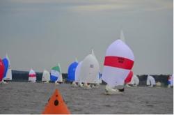 J/22 sailboats- sailing Midwinters on Ross Barnett Reservoir in Ridgland, MS