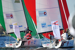 J/70s sailing fast in Netherlands Sailing League