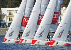 J/70 sailing league start