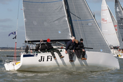 J/88 sailing Solent- Warsash Spring Series
