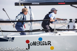 J/88 sailing doublehanded