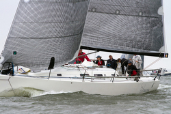 J/122 Orion sailing Annapolis Newport race