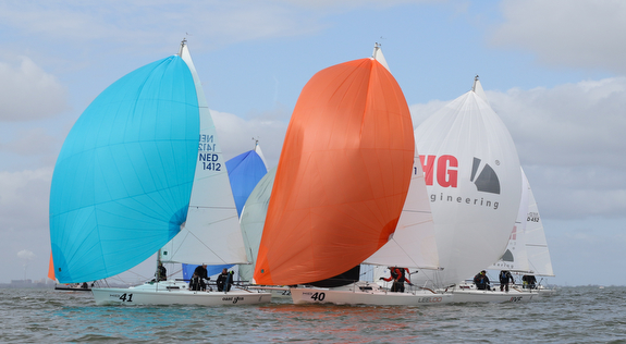 J/80s sailing Frostbite Cup in Netherlands