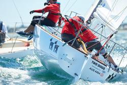 J/24 sailing off Australia