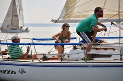 J/27 sailing offshore