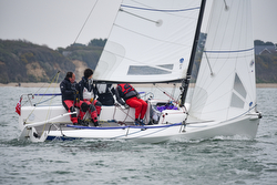 J/70s sailing Warsash Helly Hansen spring series