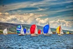 J/22 sailboats- sailing Lake Dillon