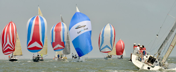 J/105 sailing Southenr Bay Race Week