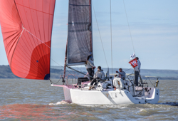 J/109 sailing Warsash