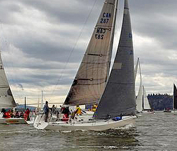 J/109 sailing Southern Straits Race