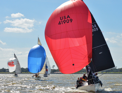 J/27s sailing downwind- Midwinters New Orleans