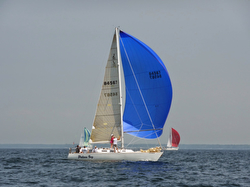 J/35 sailing Lake Erie Interclub
