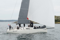 J/111 Blur sailing Tjorn Runt race