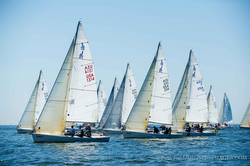 J/80s sailing off start