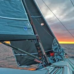 J/111 sailing upwind on J4