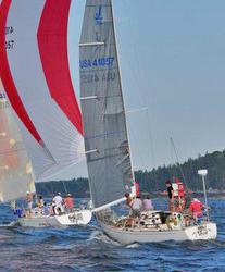 J/35s sailing offshore