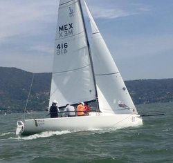 J/70 sailing Mexico Valle de Bravo regatta