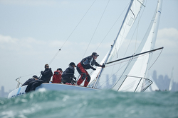 J/24 sailing off Australia around mark