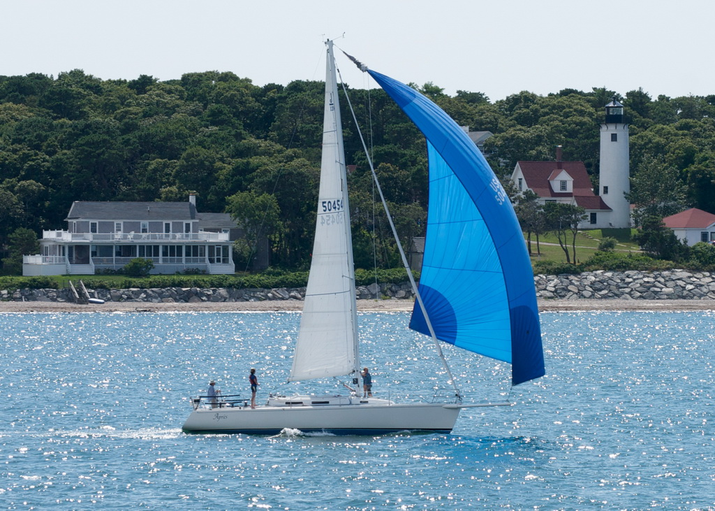 J/120 Apres off Marthas Vineyard