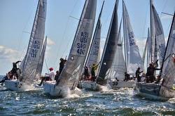 J/24 sailboats- rounding mark