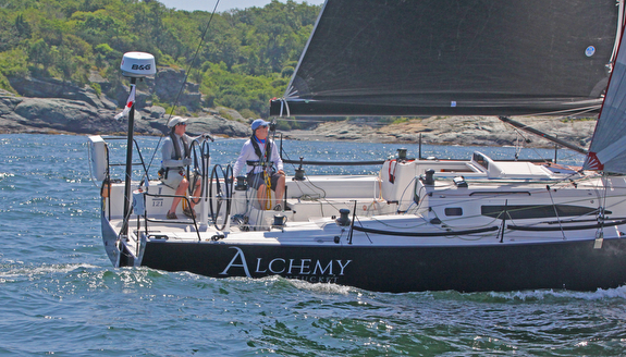 J/121 doublehanded sailing