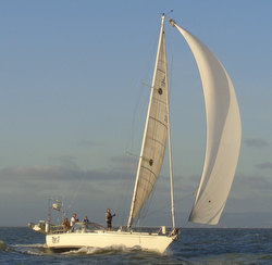 J/42 sailing Pacific Cup