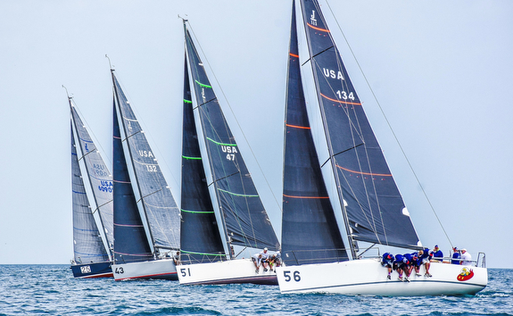 J/111s sailing offshore