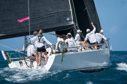 J/122 Liquid sailing St Maarten