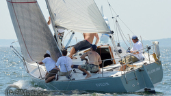 J/30s sailing NA in Annapolis, MD