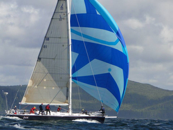 J/160 JAM sailing Van Isle 360 race