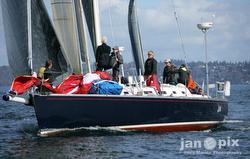 J/160 sailing off Seattle, WA