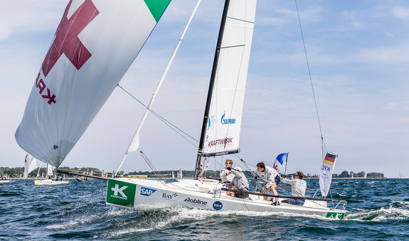 J/70 youth sailing