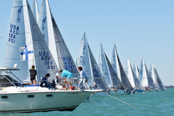 J/24 class start at Midwinters
