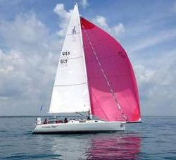 J/105 sailing Bayview Mackinac Race