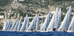 J/70s starting off YC Monaco