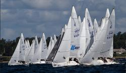 J/24s sailing off start line