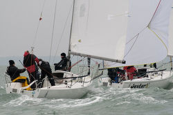 J/80s sailing Warsash Spring series