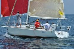 J/105 one-design offshore sailboat- sailing Bayview Mac